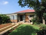 Photo Spacious family home in Homestead, Germiston