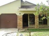 Photo 3 Bedroom House in Umtata