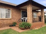 Photo Sectional Title for Sale. R 1 150 -: move in...