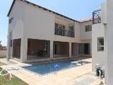 Photo 5 Bedroom with 5 Bathroom House For Sale in...