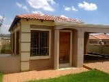 Photo 3 Bedroom House in Krugersdorp Central