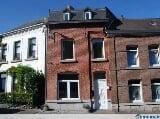 Location petite maison jardin hainaut trovit for Garage a louer 2ememain
