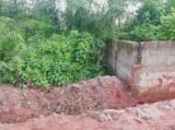 Photo Land for sale Beside Nnamdi Azikiwe Universsity...