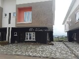 Photo Luxury 4 Bedroom Semi-detached Duplex with Bq