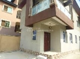 Photo 2 Wings of 4 Bedroom Duplex (front & Rear)