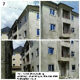 Photo Twin Six apartments in a two storey building