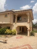 Photo A Luxury 10 Bedroom Bungalow