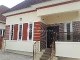 Photo Brand New 3 Bedroom Flat and a Bq Ensuit