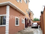 Photo 3 bedroom flat to let at Challenge Ibadan