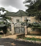 Photo 4 bedroom detached duplex