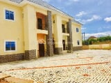 Photo Tastefully Finished 4 Flats of 3 Bedroom All...