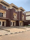 Photo Tastefully Finished 3 Bedroom Terraces Duplex