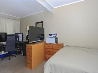 Astounding House 2 Bedroom Tauranga Trovit Home Interior And Landscaping Ologienasavecom