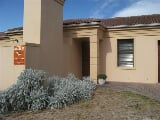 Photo 3 Bedroom Townhouse in Durbanville Central