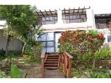 Photo 3 Bedroom Townhouse in Blue Bend