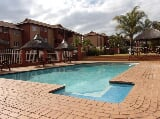 Photo 2 Bedroom Apartment in Weltevreden Park