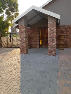Cool House For Rent In Potchefstroom Trovit Download Free Architecture Designs Lukepmadebymaigaardcom