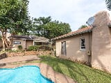Photo Lovely 3 Bedroom House in Durban North with...
