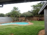 Photo 4 Bedroom House in Umhlanga Rocks