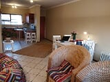 Photo 2 Bedroom Flat in Sunninghill