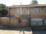 Photo 3 Bedroom with 1 Bathroom Duplex For Sale in...
