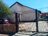 Photo 3 Bedroom House in Mabopane