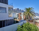 Photo 3 Bedroom House in Camps Bay
