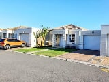 Photo 2 Bedroom House for sale in Melkbosstrand Central