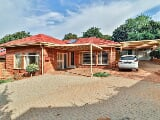 Photo 3 Bedroom House for sale in Constantia Park