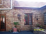 Photo 4 Bedroom Duplex in Bronkhorstspruit