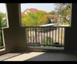 Photo 2 bedroom Apartment / Flat For Sale in Paulshof...