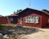Photo 4 Bedroom House in Nelspruit