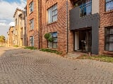 Photo 4 Dexter Street, North Riding, Randburg