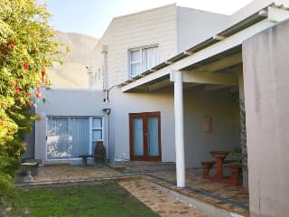 Swell House For Rent In Hermanus Trovit Download Free Architecture Designs Lukepmadebymaigaardcom