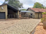Photo 4 Bed House in Lephalale (Ellisras)