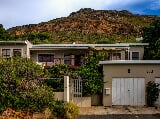 Photo 3 Bedroom House in Simons Town Central
