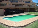 Photo Flat for Sale. R 970 000: 3.0 bedroom flat for...