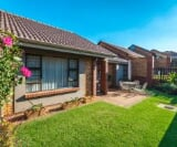 Photo 3 bedroom Townhouse For Sale in Featherbrooke...