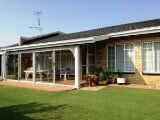 Photo For Sale. R 850 000: spacious townhouse in a...