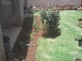 Photo 2 Bedroom House in Lenasia