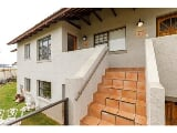 Photo 2 Bedroom Townhouse For Sale in Mossel Bay Golf...