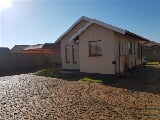 Photo 2 Bedroom House in Protea Glen