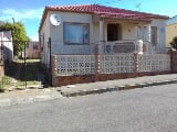 Photo 10 Bedroom House in Southernwood