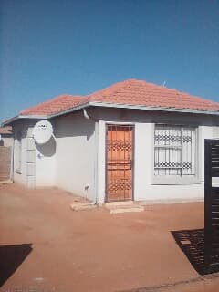 Fine For Rent R6000 Midrand Trovit Home Interior And Landscaping Oversignezvosmurscom