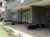 Photo 1 Bedroom Flat in Craighall