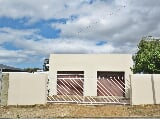 Photo 4 Bedroom House For Sale in Bredasdorp