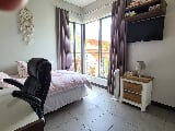 Photo Apartment For Sale in Stellenbosch Central