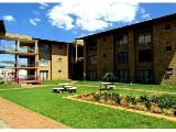 Photo 2 Bedroom Apartment in Potchefstroom