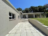 Photo 3 Bedroom House for sale in Uvongo
