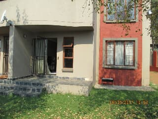 Fantastic Flat For Rent In Midrand Trovit Home Interior And Landscaping Oversignezvosmurscom